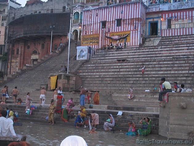 Ganga ir svētā upe visiem hinduisma reliģijas piekritējiem. Viņi upi dēvē par Ganga Mai, kas tulkojumā nozīmē