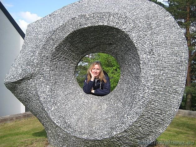 Plašāka informācija par Vilnoja akmens skulptūru parku: www.vilnoja.eu