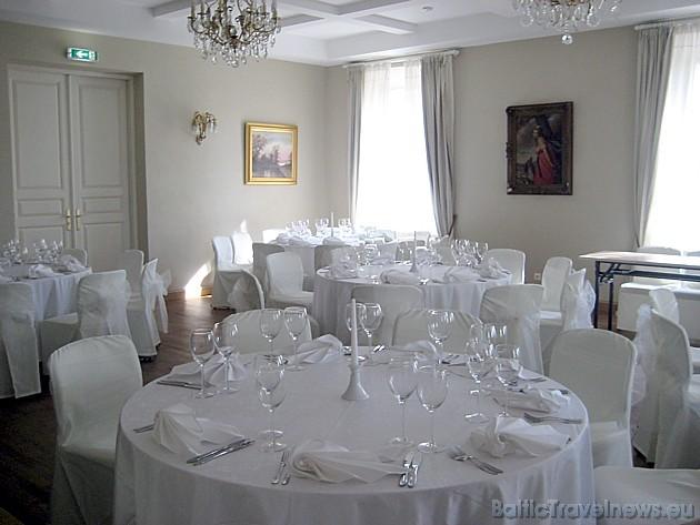 Muižas telpas tiek izmantotas dažādiem svinīgiem pasākumiem, semināriem un konferencēm