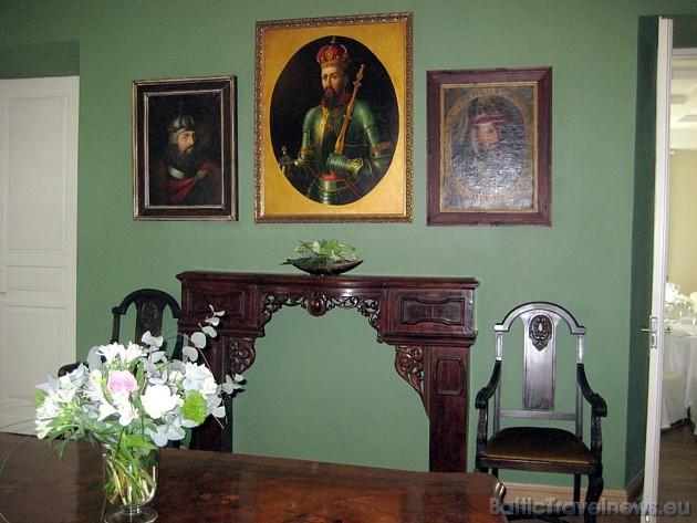 Klasiskā stila muiža ir celta 1855.gadā