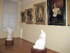 H. Frenkeļa villa – vēsturisks kultūras centrs, kurā iepazīstina ar daudzslāņainu Lietuvas un Eiropas kultūras mantojumu, norisinās pasākumi, izstādes 18