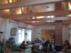 Kafejnīca ir ļoti iecienīta tikšanās vieta Hāpsalu 17