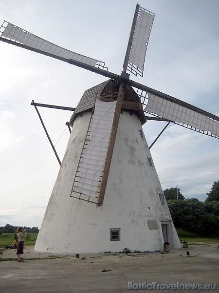 Šajās 18. gadsimta dzirnavās milti tiek malti ar vēja spēku, tāpat kā tas tika darīts senatnē