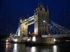 London Eye ir 135 metrus augsts, tāpēc ritenis ir piektā augstākā konstrukcija Londonā Foto: picspack/mh-wuff 6