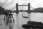 Panorāmas ritenis London Eye ir atvērts visu gadu. Vienīgās brīvdienas ir 25. decembris un dažas dienas janvārī, kad tiek veikti apkopes un remonta da 9