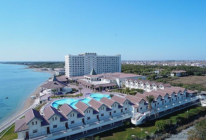 Piecu zvaigžņu viesnīca Salamis Bay Conti atrodas Ziemeļkiprā  Foto: Salamis Bay Conti Hotel