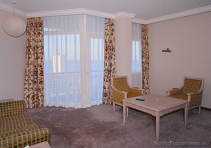 Viesnīcas Salamis Bay Conti standarta numurs  Foto: Salamis Bay Conti Hotel