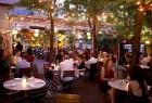 Savukārt vasarā apmeklētājus gaida restorāni, no kuriem daudziem ir āra terases Foto: www.nycgo.com/Alex Lopez 6