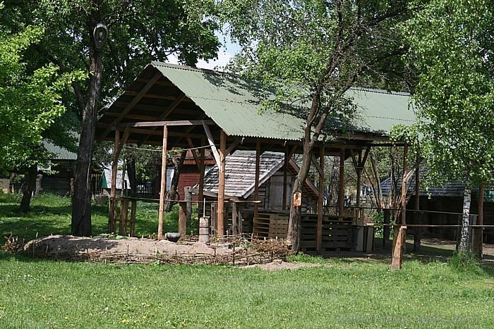 Siernieku namā var iepazīties arī ar lauku dzīves ritmu un darbu