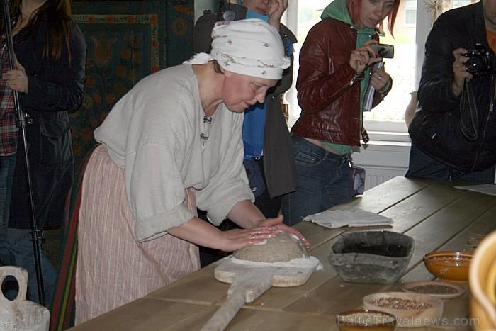 Kāds būs maizes klaipiņš - tas būs atkarīgs no saimnieces!