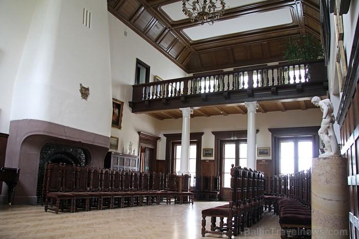 Klasicisma stila Rokišķu muižas ēkas celtas 19.gs. sākumā