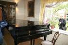 Ne visi muzejā esošie mūzikas instrumenti gluži nav no tā laika, taču tie ļauj skanēt Čurļoņa radītajām mūzikas skaņām arī tagad 5