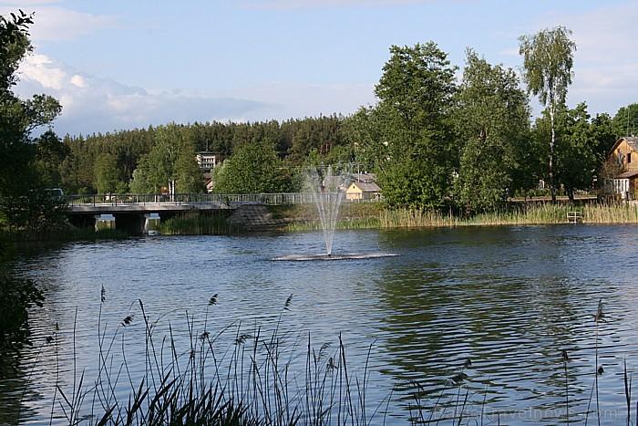 Veisieju pilsēta atrodas uz Ančas ezera pussalas