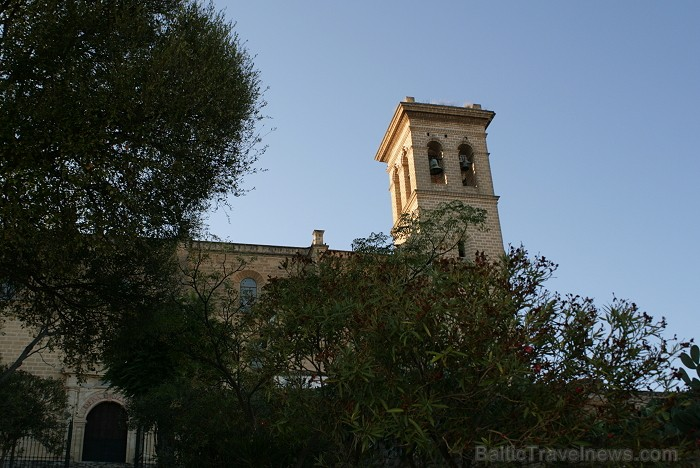 Klosteris Del Monasterio de Santa Maria la Real www.turismosuna.es