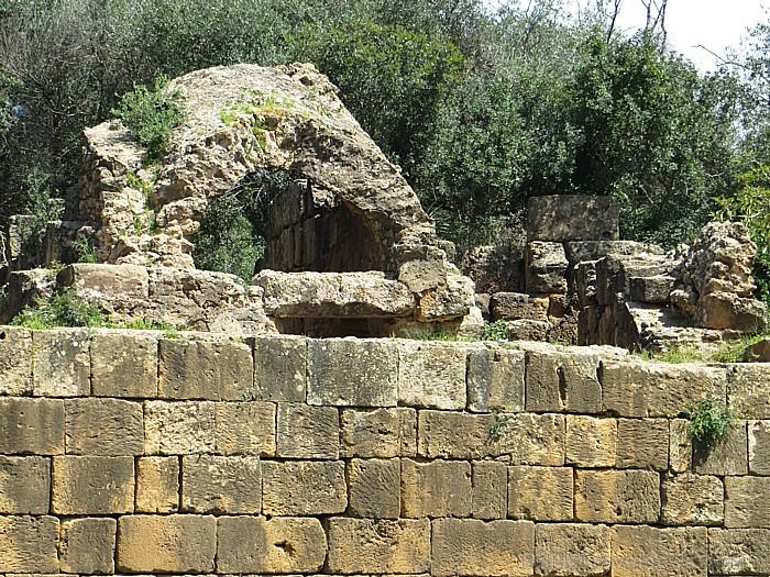 Senajā pilsētā jau no pašiem tās pirmssākumiem ir dzīvojuši gandrīz 15 tūkstoši iedzīvotāju
