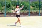 Tenisa programma apvieno angļu valodas mācības un intensīvas tenisa nodarbības (kopumā 50 stundas mēnesī), kas piemērotas gan iesācējiem, gan pieredzē 3