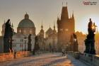 Prāgas senatnīgā elpa, šarms un romantika apburs ikvienu. Pilsētas vēsturiskais centrs ir iekļauts UNESCO Pasaules mantojuma sarakstā, savukārt Prāgas 6