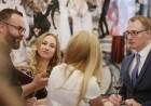 «SemaraH Hotels» apņemas atbalstīt jaunos Latvijas māksliniekus 27