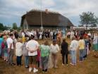 Vasaras saulgriežu laikā patriotiski noskaņoti cilvēki izgaismojuši Latviju, apejot tai apkārt 19