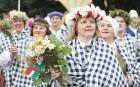 Dziesmu un deju svētku atklāšanas gājiens pulcē Rīgā visus Latvijas novadus (501-600) 70