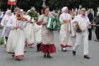 Dziesmu un deju svētku atklāšanas gājiens pulcē Rīgā visus Latvijas novadus (501-600) 82