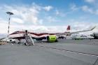 Latvijas nacionālā lidsabiedrība «airBaltic» 18. novembrī pirmo reizi piedalījās svinīgajā parādē ar «Airbus A220-300» lidmašīnu, kuru rotā sarkanbalt 18