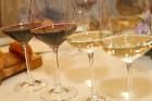 Vecrīgas restorāns «Kaļķu vārti» piedāvā gardēžu vakariņas ar aklo vīna degustāciju 16
