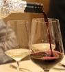 Vecrīgas restorāns «Kaļķu vārti» piedāvā gardēžu vakariņas ar aklo vīna degustāciju 30