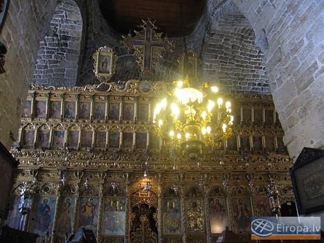 Baznīcas altāris 14758