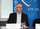 Liels paldies Eiropas Parlamenta deputātam Aldim Kušķim par iespēju iepazīties ar Eiropas Parlamentu. Sīkāka informācija: www.europarl.europa.eu 20