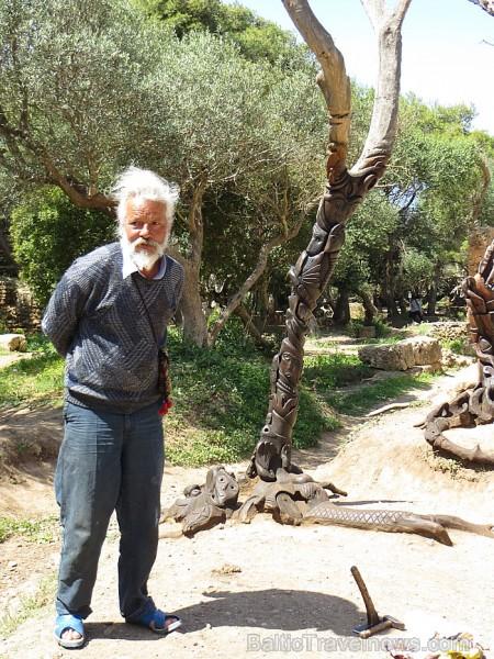 Tēlnieks, kas kokus pārvērš īstos mākslas darbos 93322