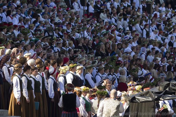 Ziemeļu un Baltijas valstu kori pieskandina Mežaparku 152804