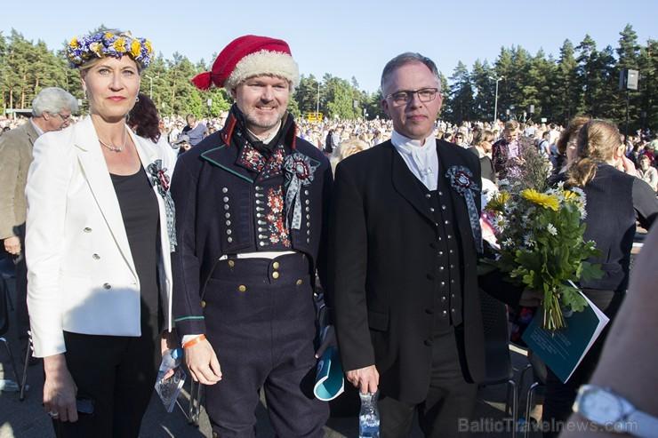 Ziemeļu un Baltijas valstu kori pieskandina Mežaparku 152863
